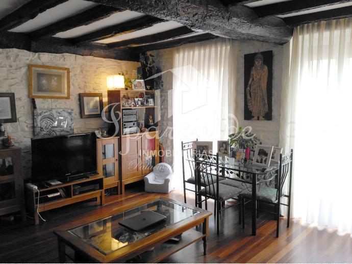 Fantástico piso reformado de 98 m2 con dos orientaciones, 4 habitaci...
