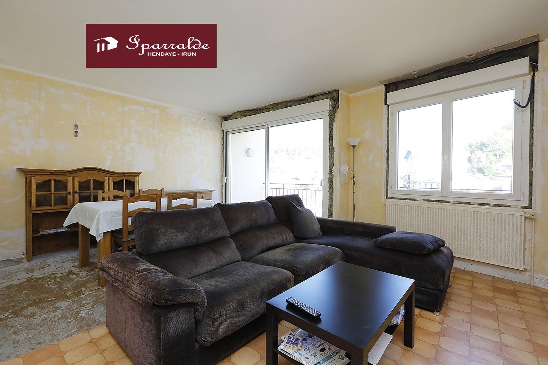 Espacioso piso de 3 habitaciones en Behobie (64)