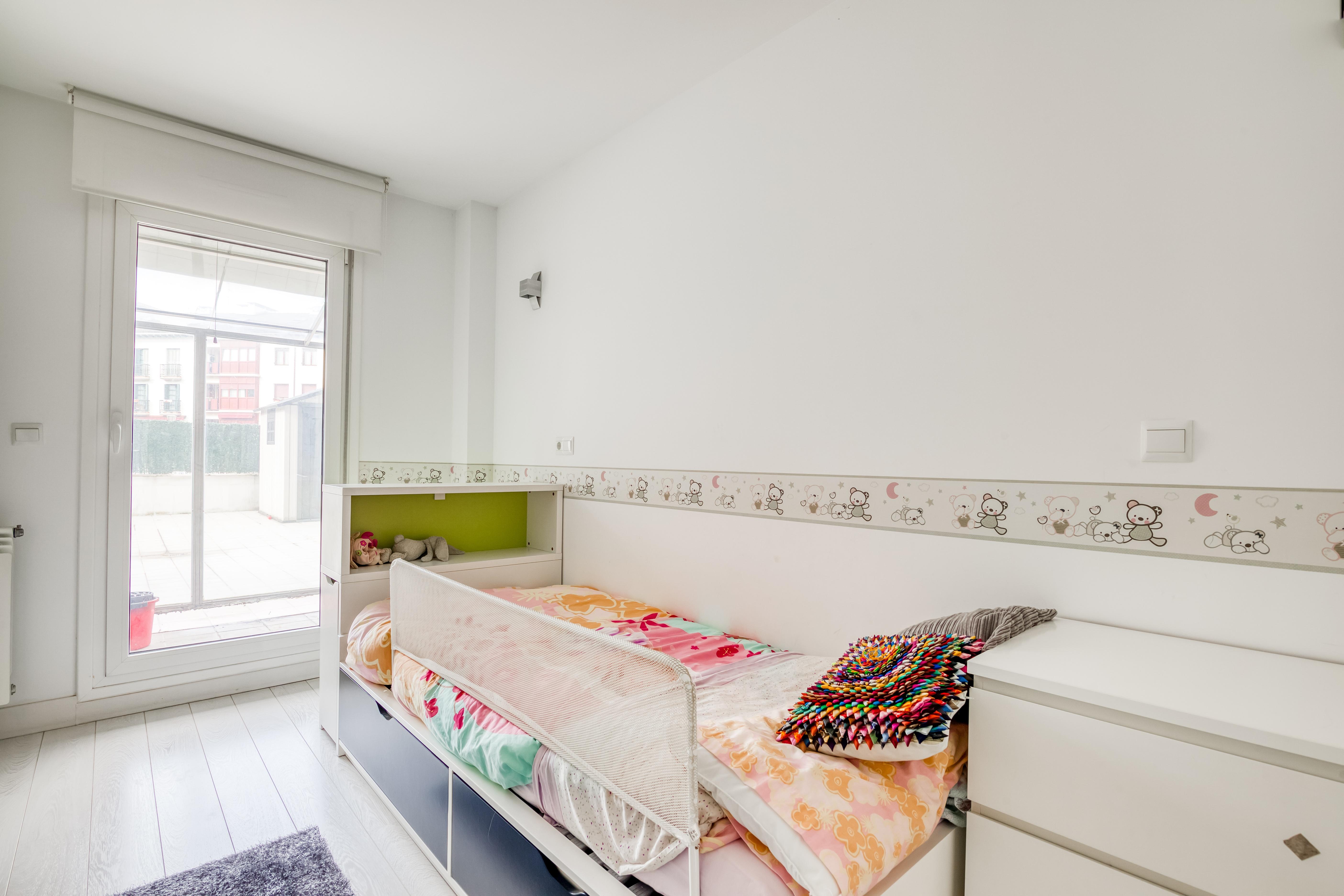 Exclusiva vivienda de 125 m2, altas calidades Y en zona PLAZA ISTILLAGA con dos soleadas Terrazas de 125 m2.