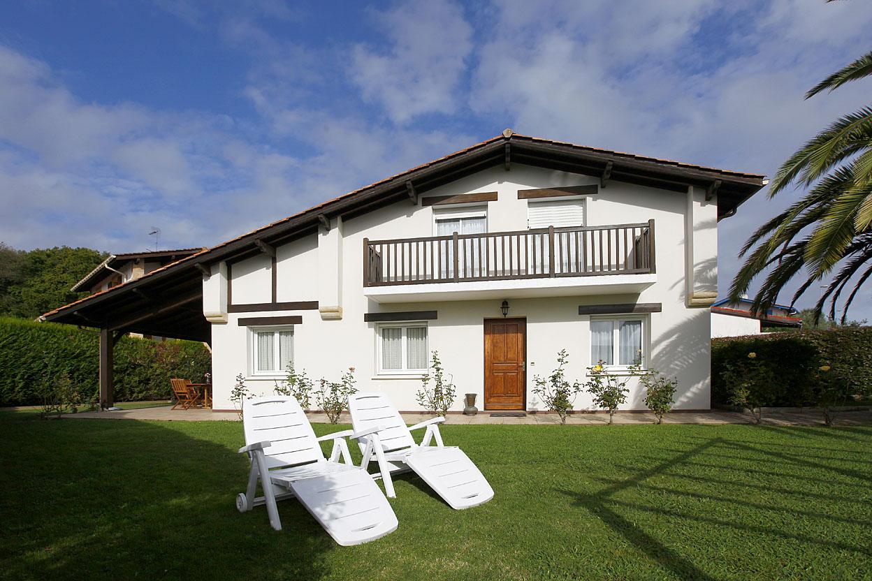 Magnifica Villa individual de 4 habitaciones.
