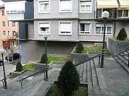Piso de 95 m2 const. en 2000 en el centro de Irún. Garaje cerrado de 15 m2 y trastero de 5 m2 incluído en el precio