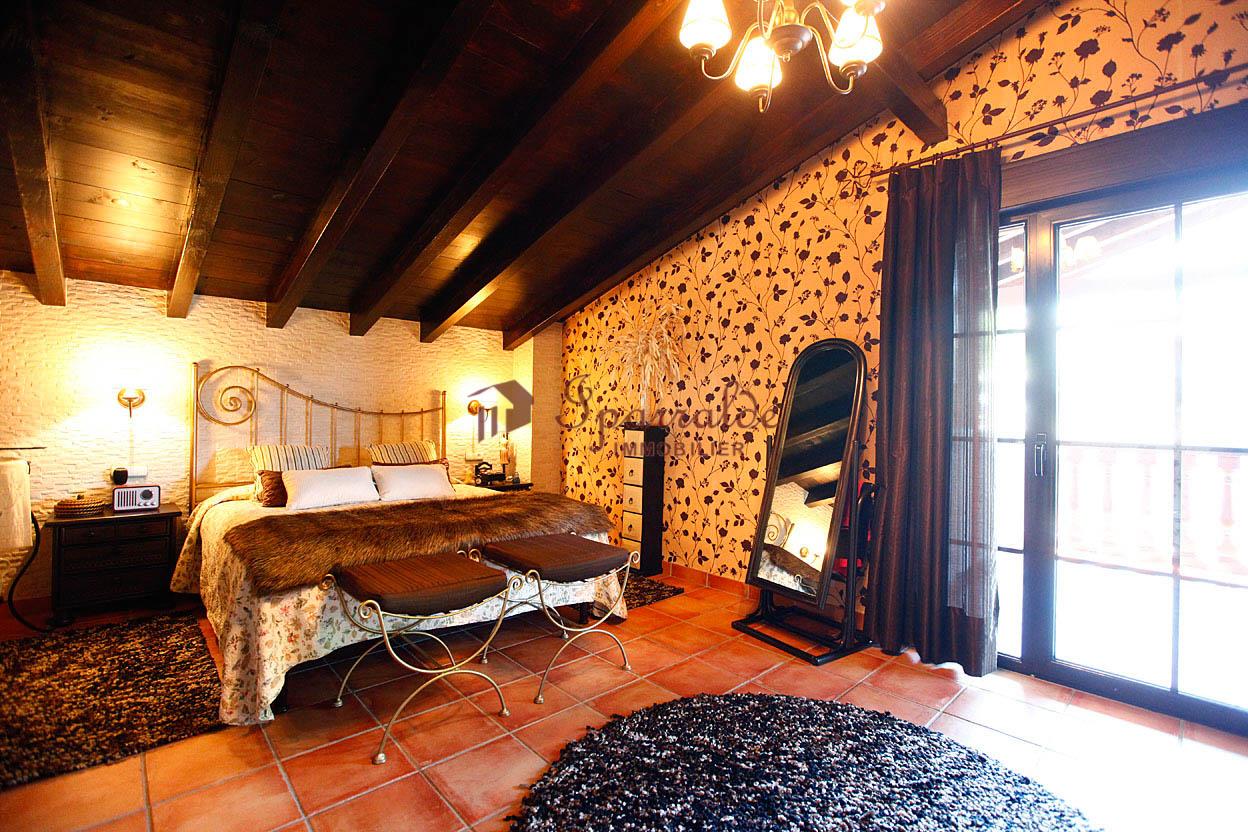 Bonita Villa bifamiliar en zona solicitada y muy tranquila