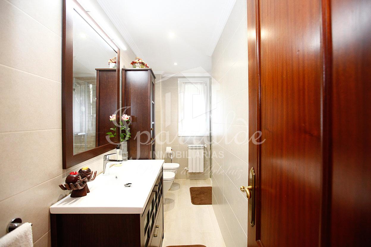 Preciosa y amplia vivienda de 138m² con 4 habitaciones, 2 baños. Exterior. Vistas.