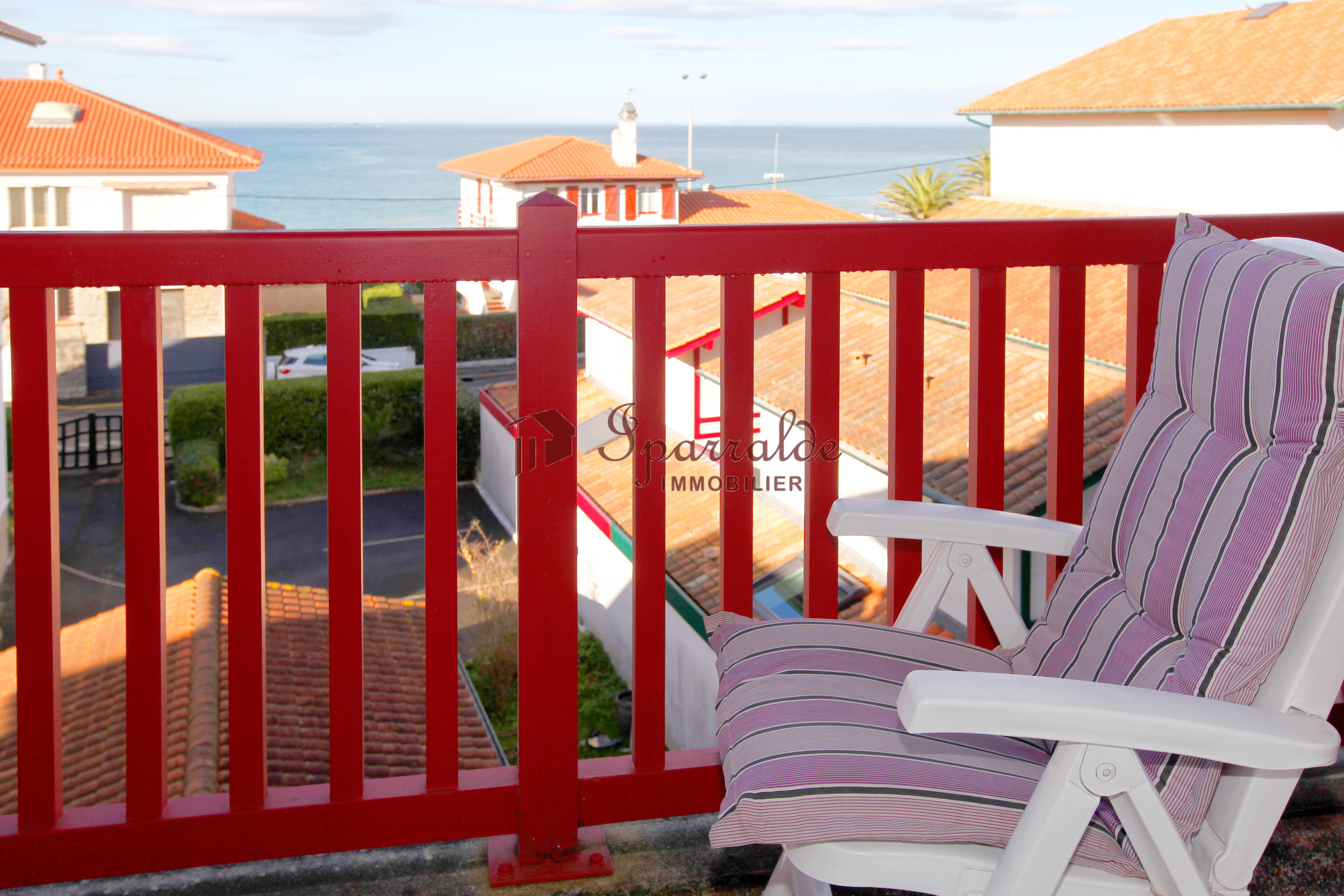 Precioso adosado  a dos pasos de la playa de Hendaia!