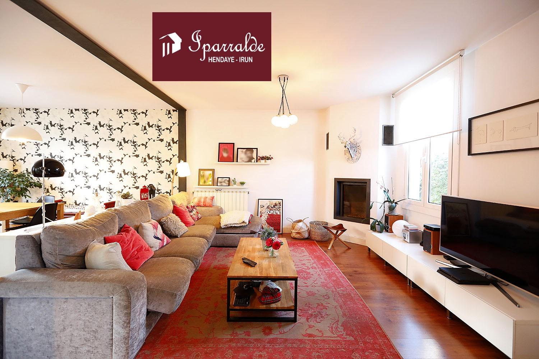 Preciosa Villa Individual con 4 habs en el Centro de Hendaya, cerca de todo.