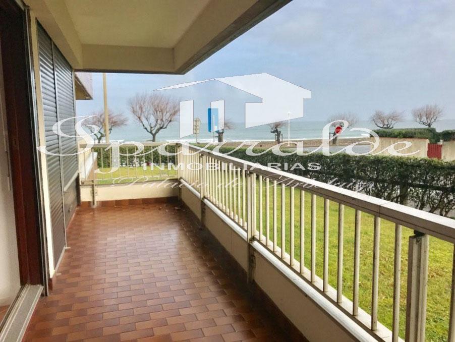 ¡Frente al mar! Grand piso de 63 m2  en primera linea de playa con ...