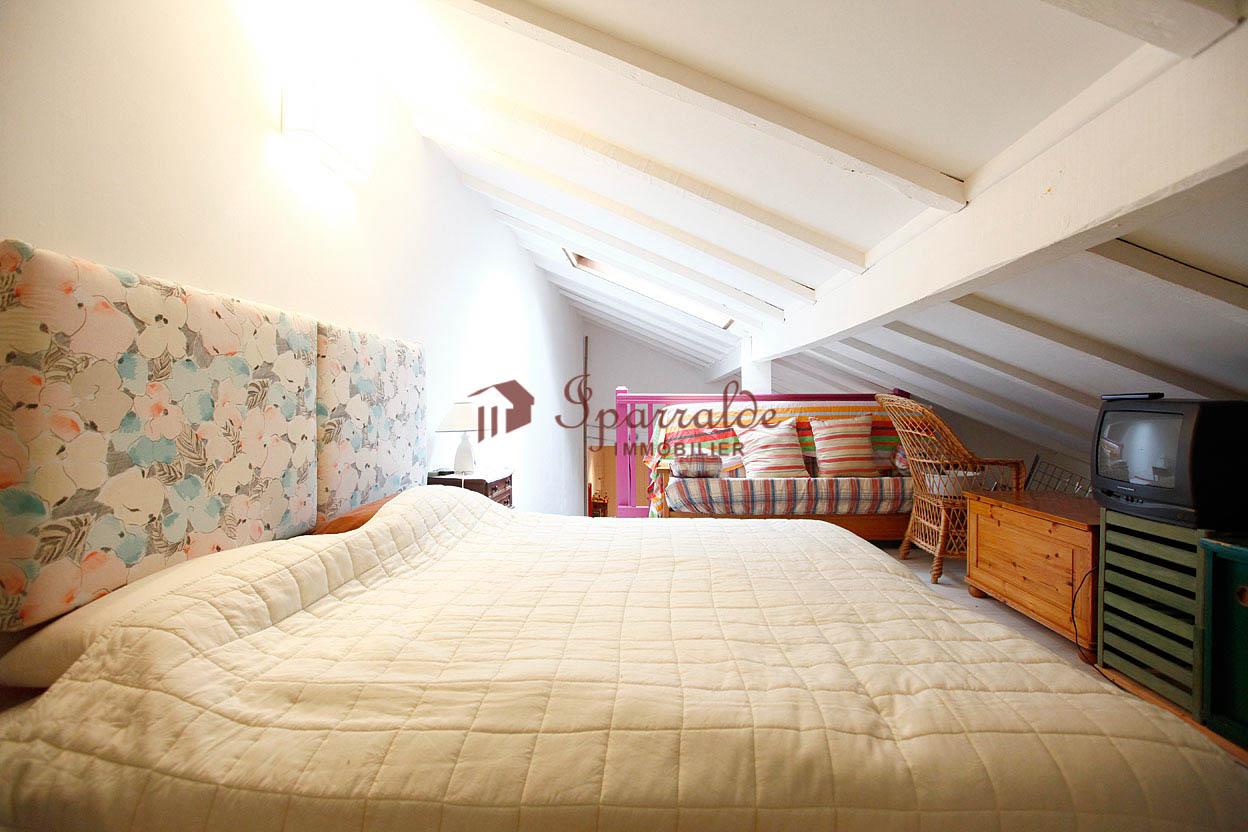 En la exclusiva zona de Erromardie: Bonito dúplex de 2 habitaciones