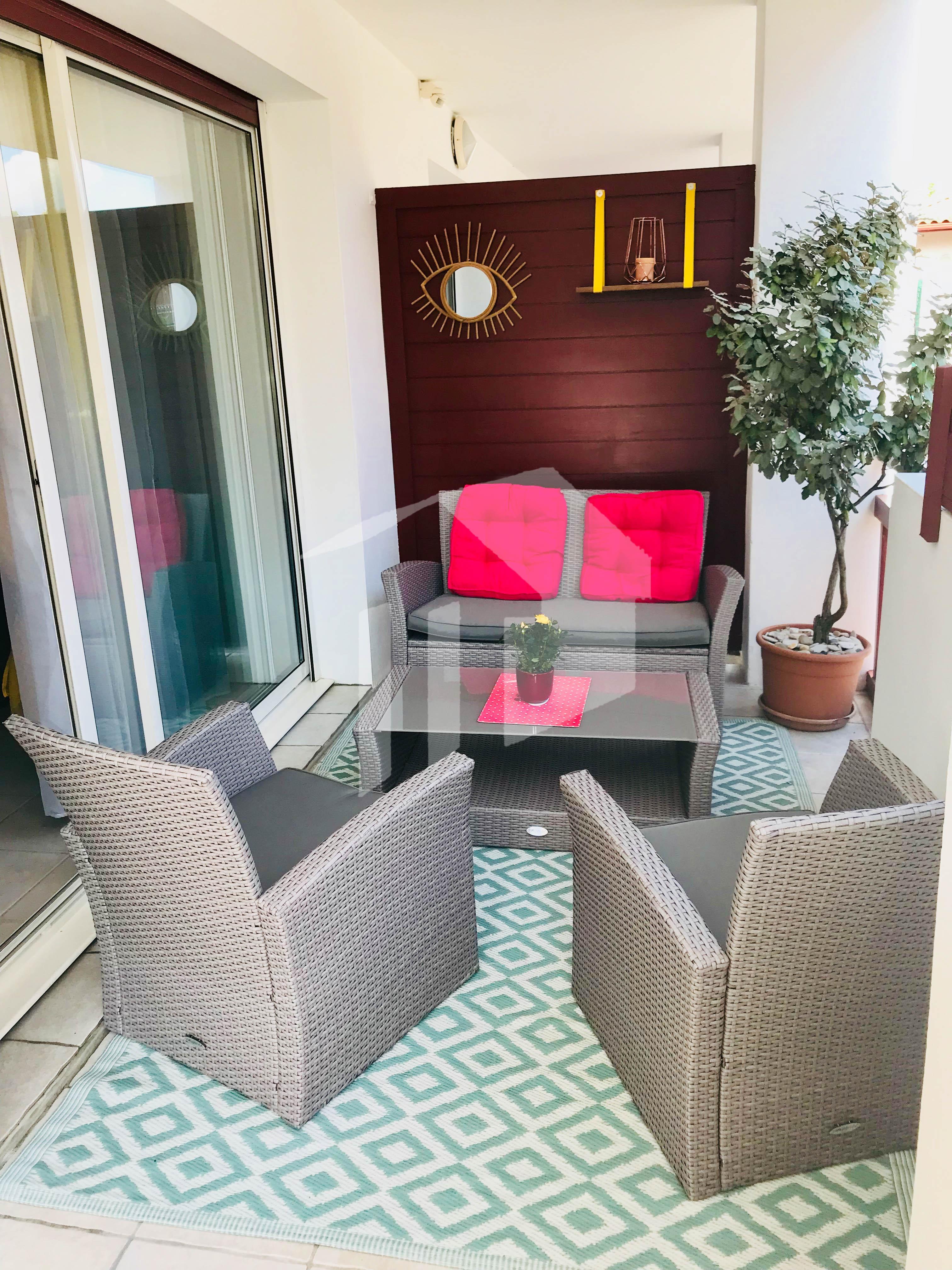Se vende bonito piso en residencia a 10 mins de la playa de Bidart y ...