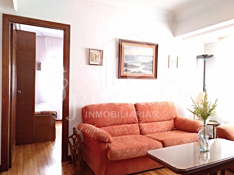Vivienda de 4 dormitorios, amplia cocina independiente con salida a b...