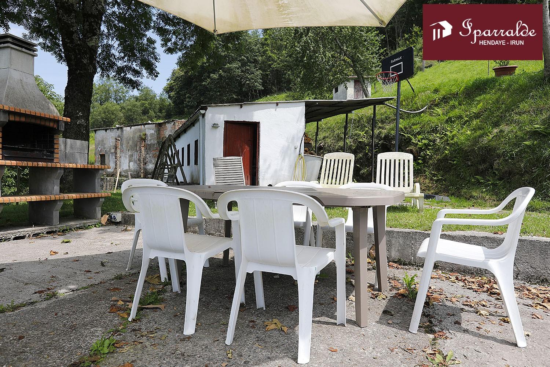 Precioso Caserio ubicado en el parque natural de las Peñas de Aya