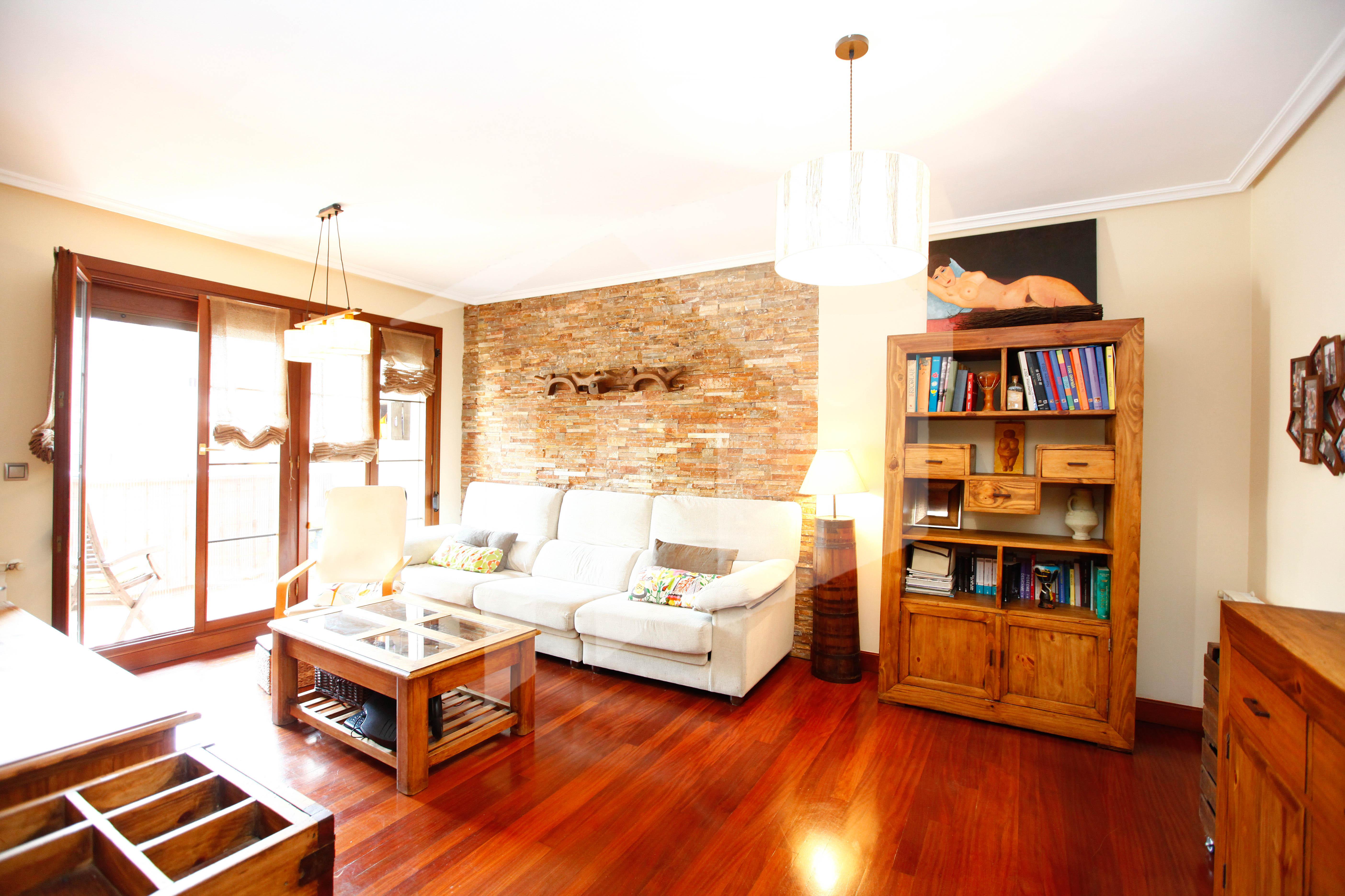 Fantastica vivienda de 85m<sup>2</sup> con dos dormitorios y dos baños totalmente exterior