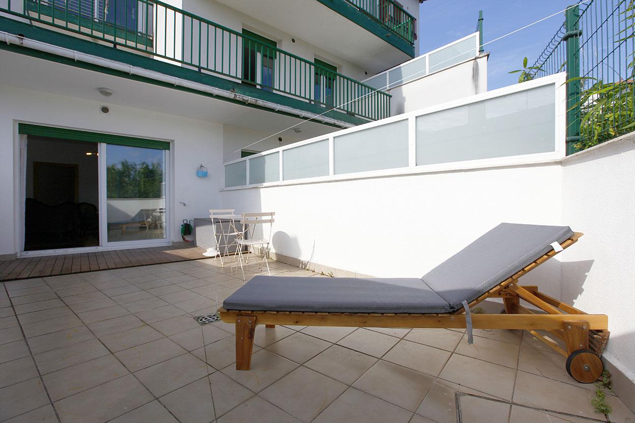 Bonito piso de 2 habitaciones en en el centro de Hendaya con Terraza ...