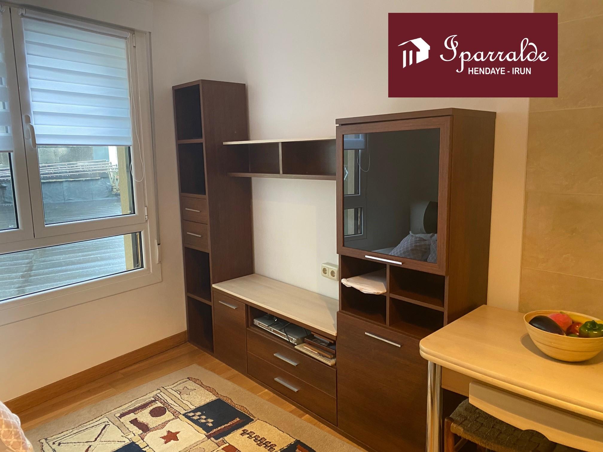 Coqueto apartamento de una habitación en pleno centro de Irún. Ideal como primera vivienda y/o inversión