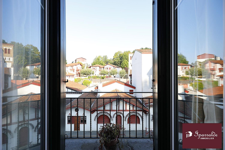En Hendaye (64), apartamento con Terraza y dos habitaciones