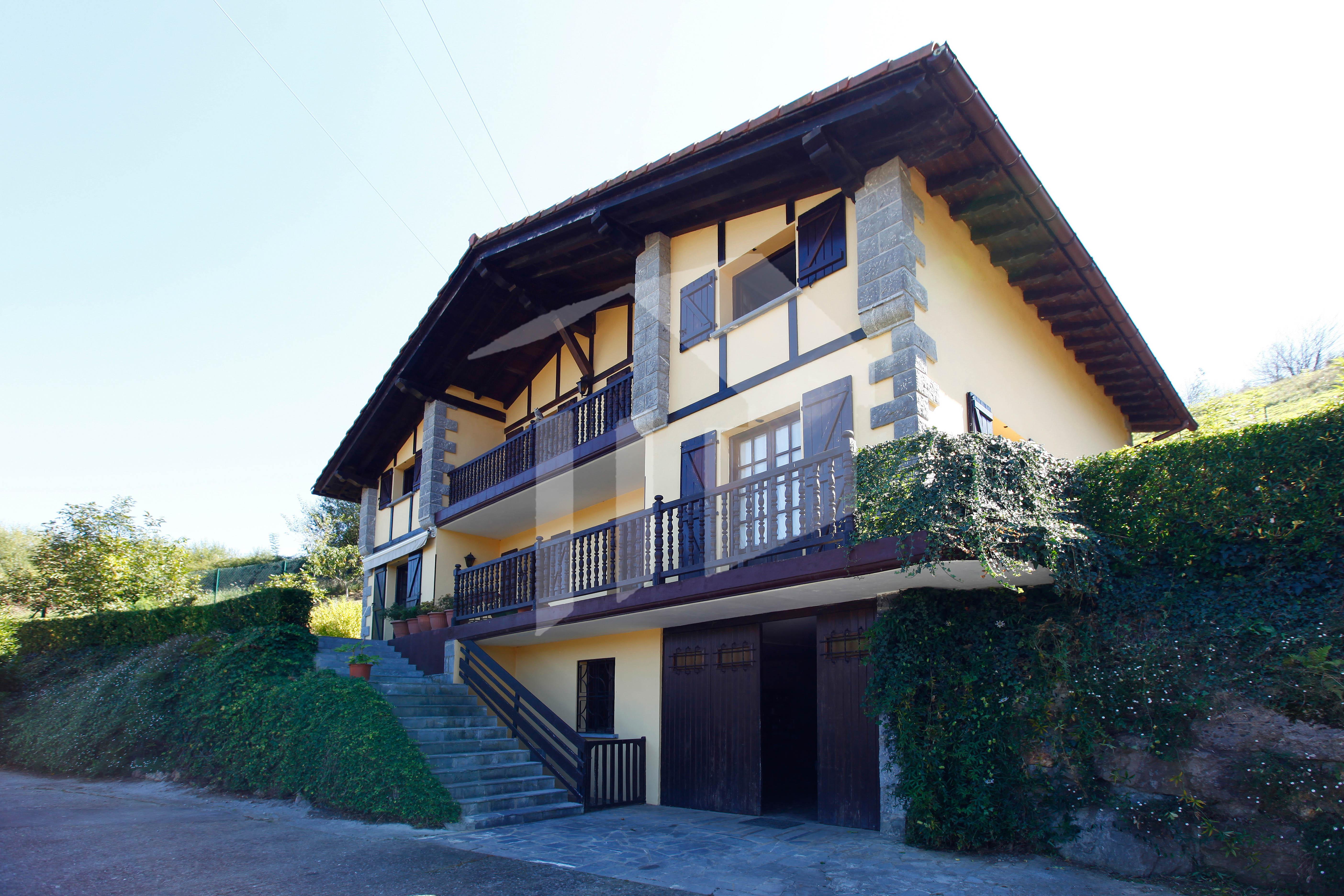 Preciosa casa independiente, en un paraje envidiable en pleno Bortziriak, en la localidad de Lesaka.